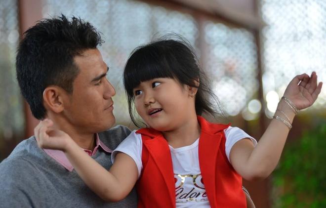 Phan Thanh Binh - Thao Trang: Van hen ho va ngu chung nha hinh anh 2