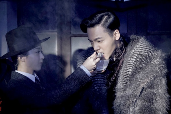 Doan phim Trung Quoc xin loi vi tai nan lien tiep hinh anh