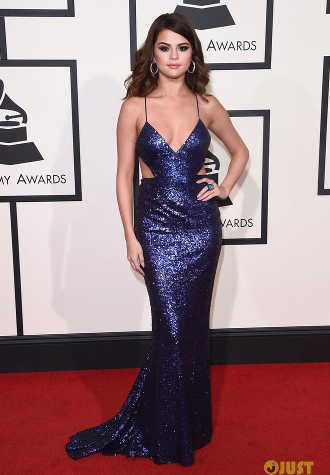 Taylor Swift khoe eo thon tren tham do Grammy 2016 hinh anh 4