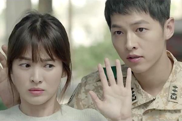 Song Joong Ki: My nam co guong mat tre tho gay sot man anh hinh anh