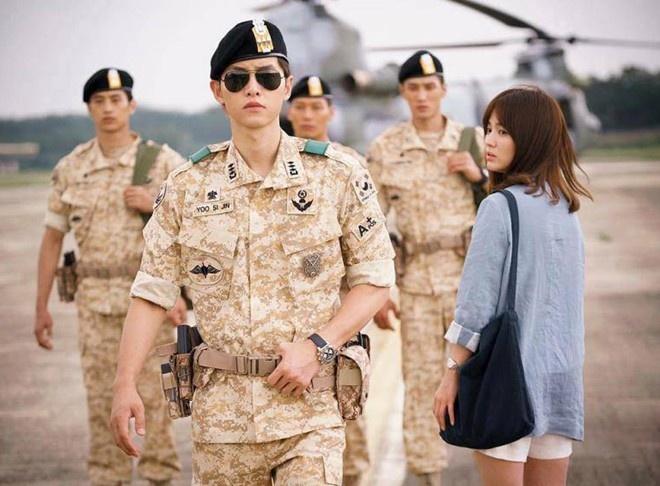 Song Joong Ki: My nam co guong mat tre tho gay sot man anh hinh anh 1