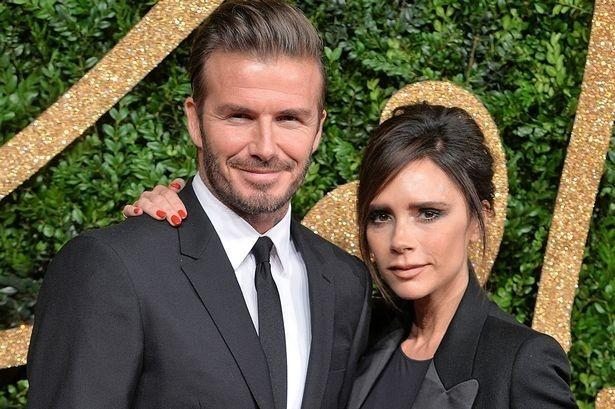 Victoria Beckham duoc chong ninh trong Ngay cua Me hinh anh