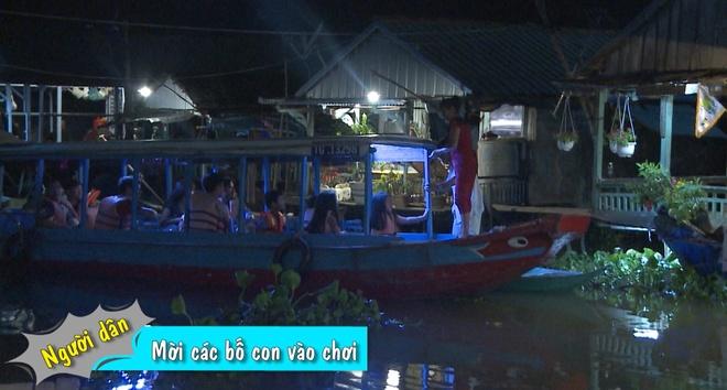 Bo con cua Bo oi minh di dau the chat vat goi banh chung hinh anh 1