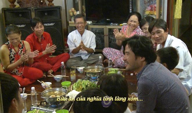 Bo con cua Bo oi minh di dau the chat vat goi banh chung hinh anh 2