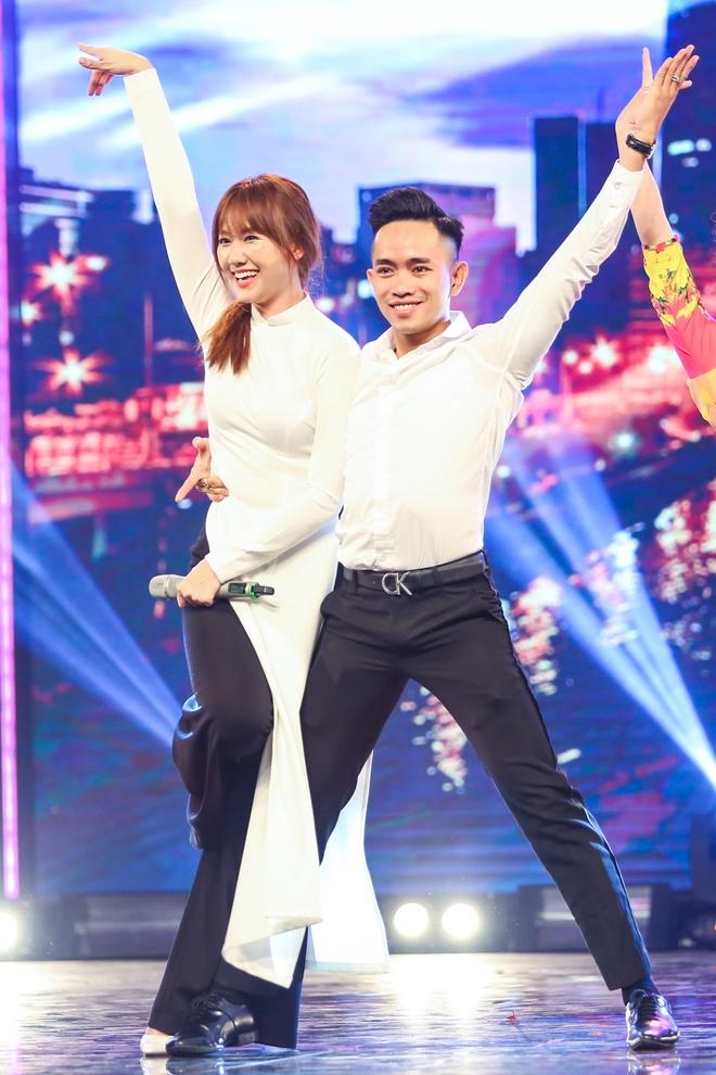 Tran Thanh say sua xem Hari Won bieu dien o Got Talent hinh anh 2