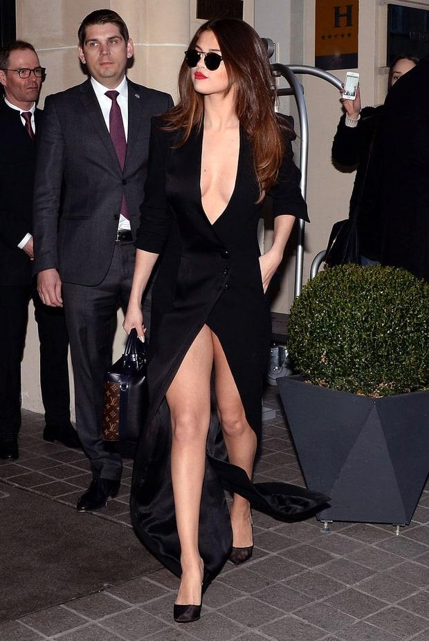 Selena Gomez bien hoa phong cach trong 3 ngay hinh anh 6