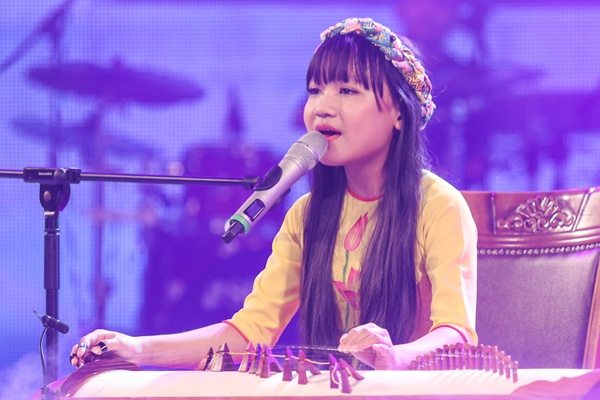 Be 12 tuoi khien Tran Thanh dung suot phan trinh dien hinh anh