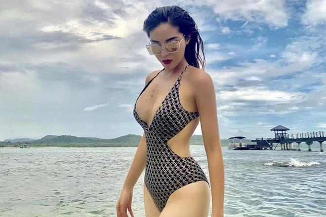 My nhan Viet them nong bong nho dien nhung mau bikini nay hinh anh 7