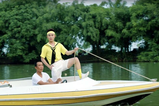 Truc Nhan ngoai doi co an mac loe loet nhu trong MV 'Sang mat chua'? hinh anh 5