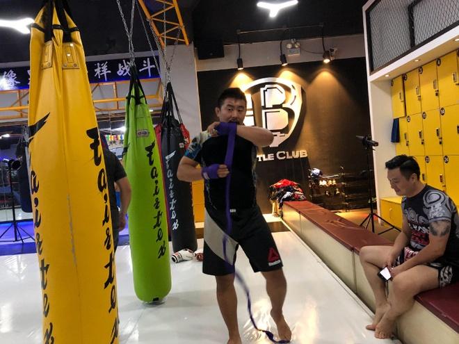 Lo vo MMA giup Tu Hieu Dong co thu nhap khong nho hinh anh 4