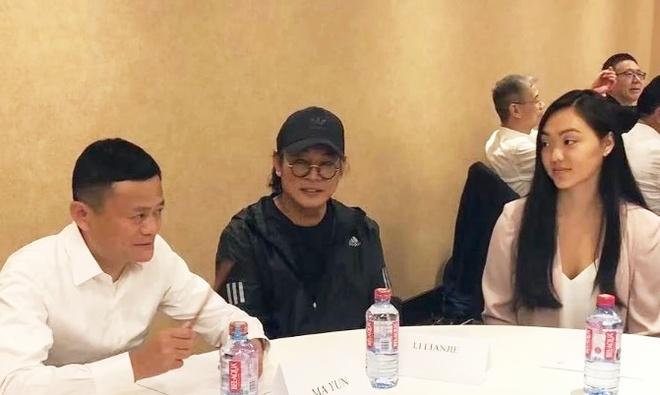 Ly Lien Kiet va con gai du su kien cung Jack Ma hinh anh 2