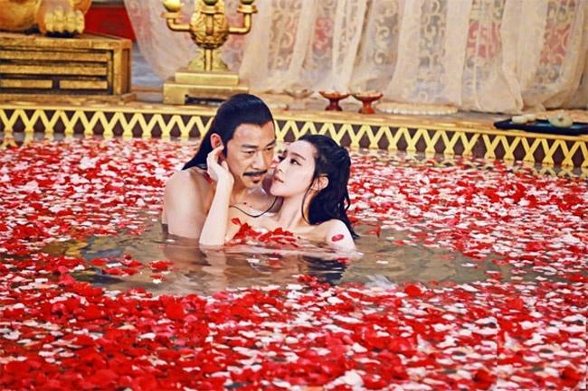 Nhung canh quay bi cat bo vi phan cam trong phim Trung Quoc hinh anh 3