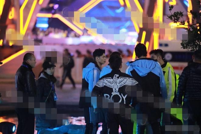 Cao Di Tuong dot tu o tuoi 35 khi dang quay show trong dem hinh anh 1