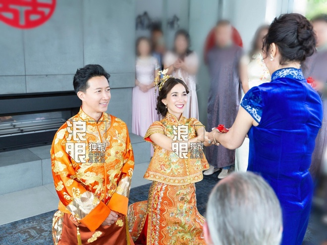 Tai tu 'Dai thoai Tay du' hon vo trong le cuoi hinh anh 2 639e_imkzenq0979764_1.jpg