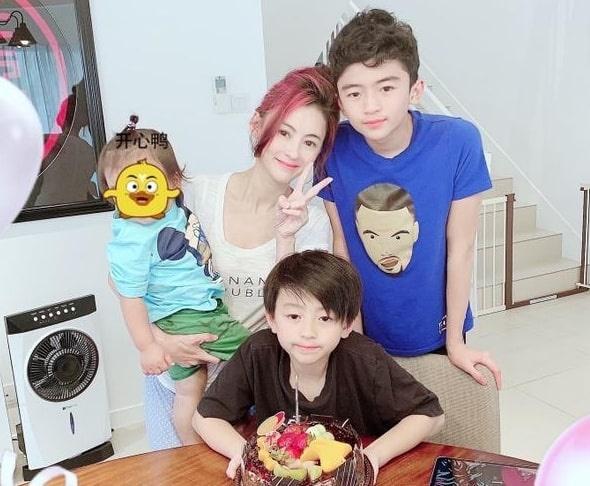 Ta Dinh Phong lanh nhat voi con trai anh 2