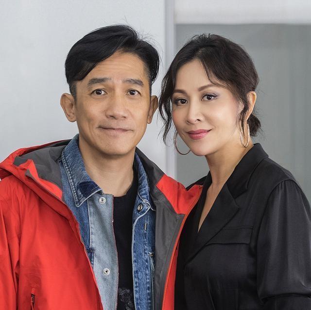Luu Gia Linh va Luong Trieu Vy anh 2