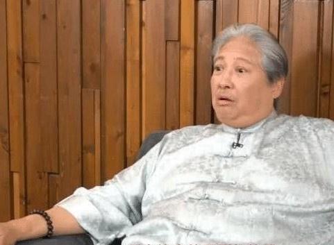 Hong Kim Bao anh 1
