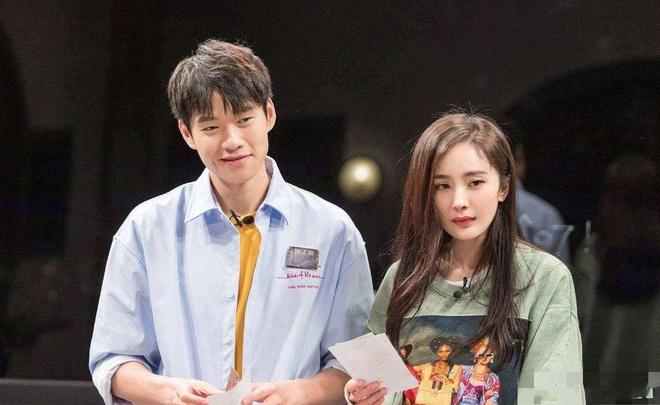 Duong Mich va Nguy Dai Huan bi mat chung song?