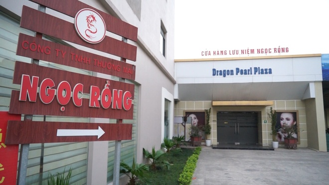 Quang Ninh dong cua 15 co so 'chi ban hang cho nguoi Trung Quoc' hinh anh 1