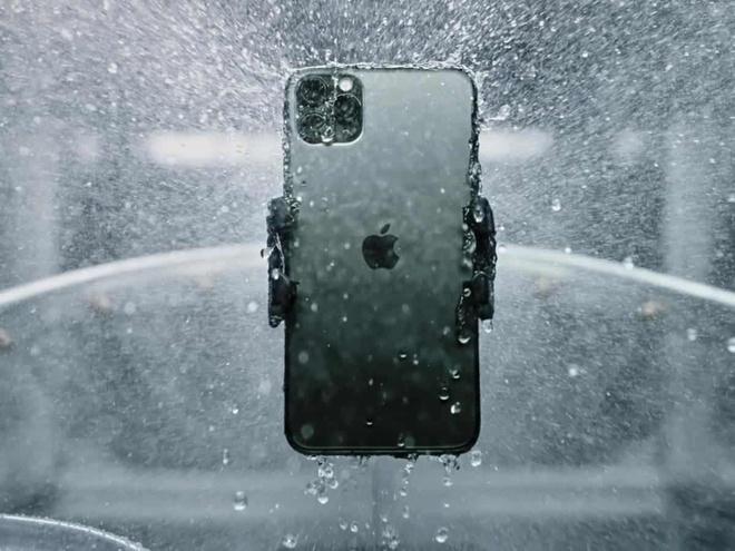 iPhone 12: iPhone 12 kháng nước tốt hơn quảng cáo của Apple - Mobile