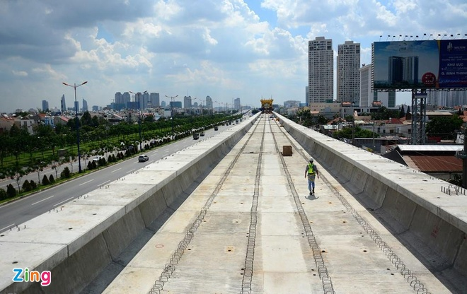 Metro Sai Gon cham tien do anh 2