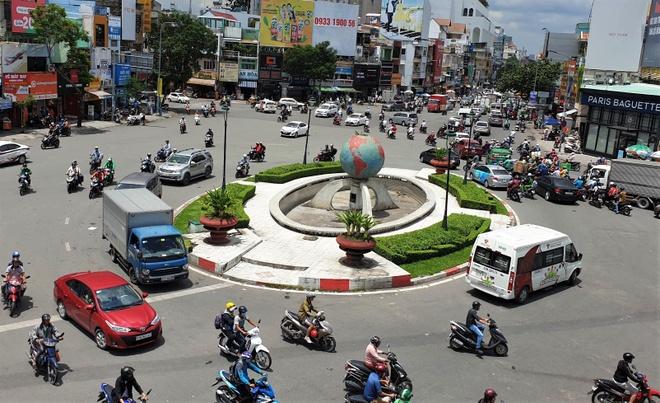 Quận Tân Bình đề nghị 'đổi chủ' quản lý vòng xoay Lăng Cha Cả - Xã hội