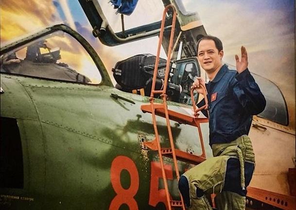 Dau gia gian hoa lan cua phi cong Su-22 Khuat Manh Tri hinh anh