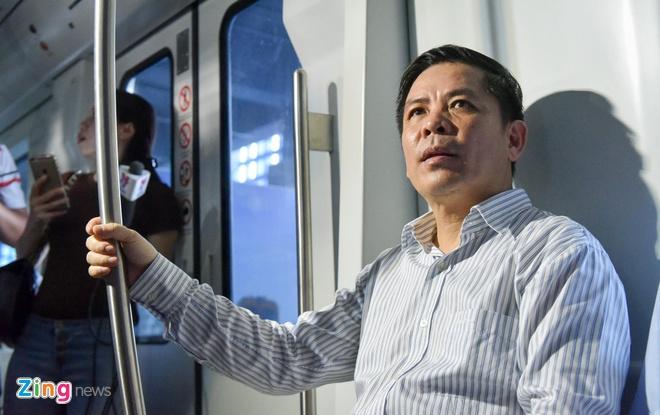 Khong xin phep Quoc hoi, Bo GTVT tang gap doi von duong sat Cat Linh hinh anh 1