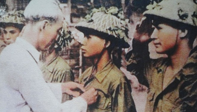 Anh hung Hoang Dang Vinh - nguoi bat song tuong De Castries - qua doi hinh anh 1