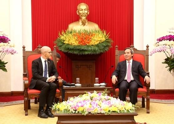 mang xa hoi face book o Viet Nam anh 1