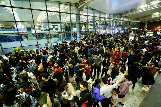 Cách ly cả chuyến bay nếu nghi ngờ hành khách nhiễm virus corona