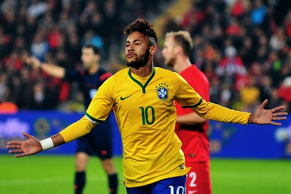 Top 10 sieu pham nam 2014 cua Neymar hinh anh
