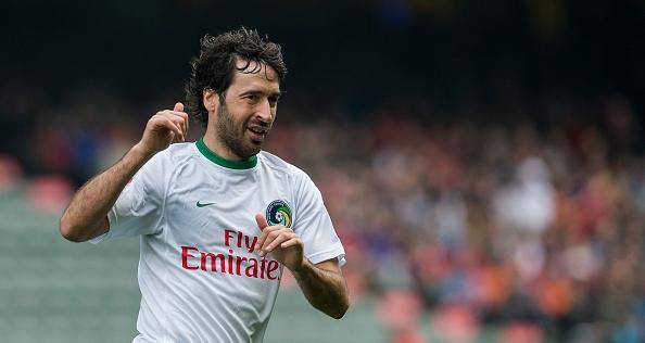 Huyen thoai Real Madrid ghi ban thang dau tien tren dat My hinh anh