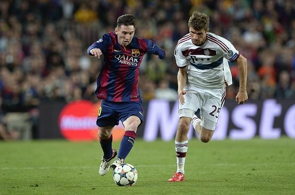 Messi lop bong nang ty so len 2-0 cho Barca hinh anh
