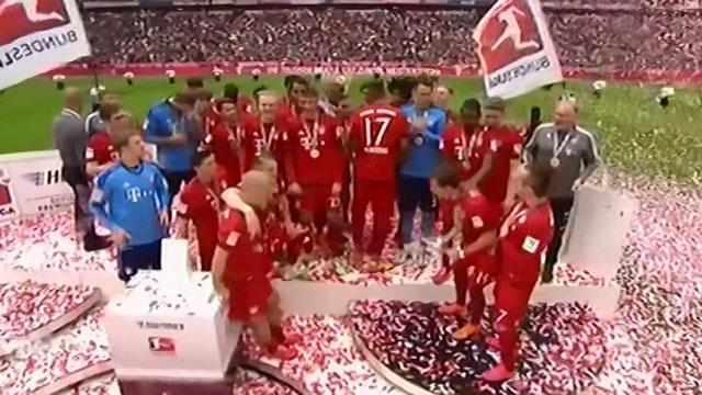 Bayern an mung chuc vo dich thu 25 hinh anh