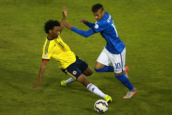 Hai pha qua nguoi ky thuat cua Neymar hinh anh