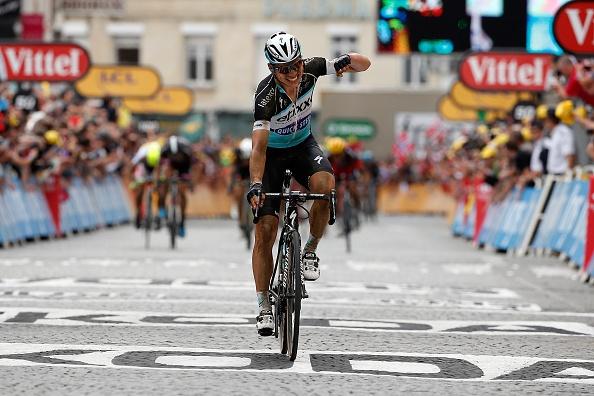 Chang 4 Tour de France an tuong tu tren cao hinh anh