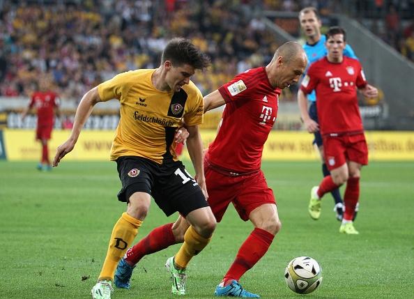 Robben, Vidal ghi ban giup Bayern thang Dresden 3-1 hinh anh