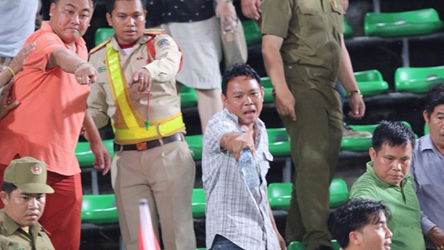 CDV Thai Lan danh tra nhan vien an ninh Lao hinh anh