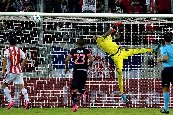 Tong hop ban thang: Olympiakos 0-3 Bayern Munich hinh anh