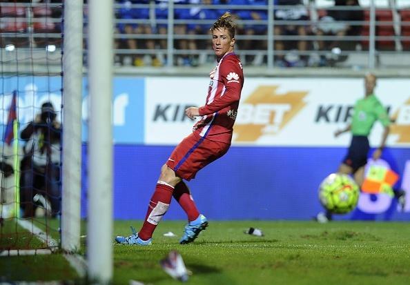 Ban thang tinh te cua Fernando Torres hinh anh