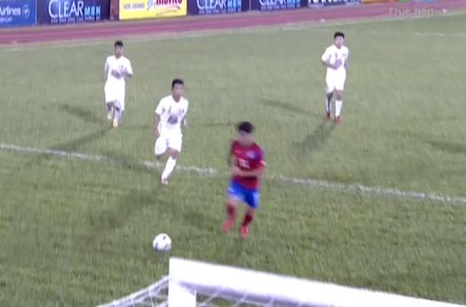 Ban thang sau pha phan cong nhanh cua U19 Han Quoc hinh anh