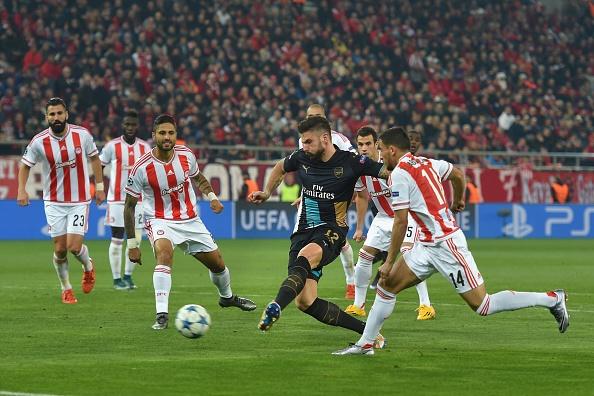 Tong hop tran dau: Olympiacos 0-3 Arsenal hinh anh