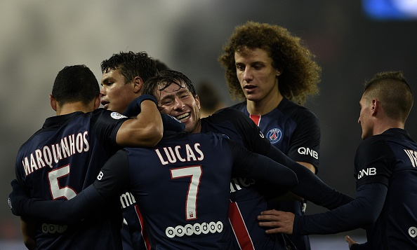 Ibrahimovic lap cu dup giup PSG thang Lyon 5-1 hinh anh