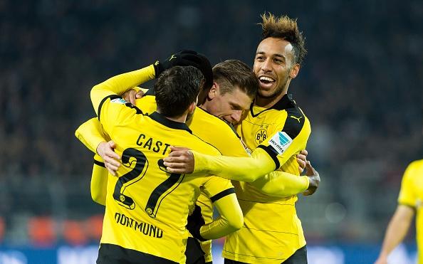 Tong hop tran dau: Dortmund 4-1 Frankfurt hinh anh