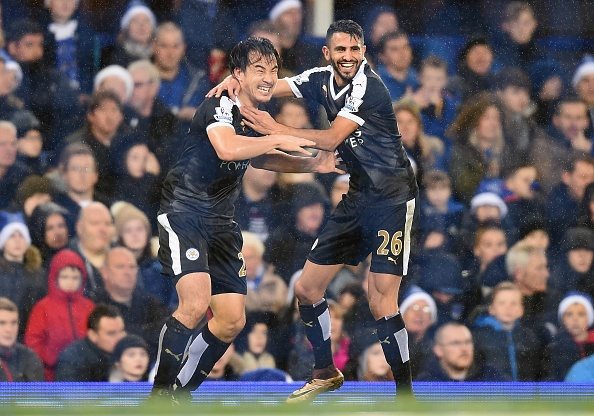 Leicester City vung ngoi dau sau chien thang Everton hinh anh