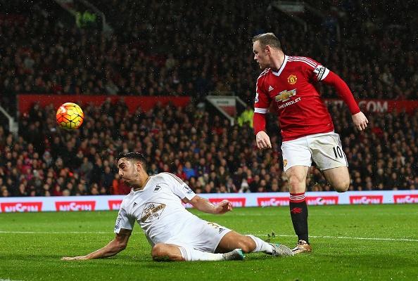 Tong hop tran dau: Manchester United 2-1 Swansea City hinh anh