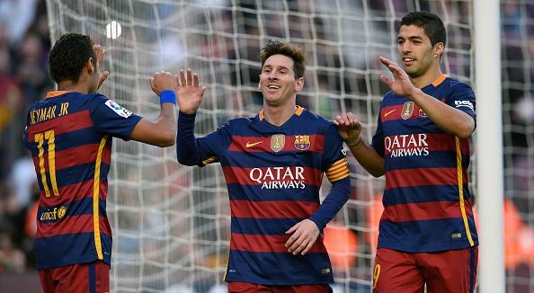 Tong hop tran dau: Barcelona 4-0 Granada hinh anh
