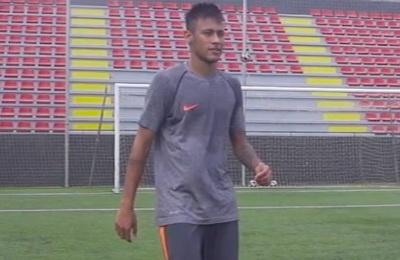 Neymar va thu thach sut bong trung xa hinh anh