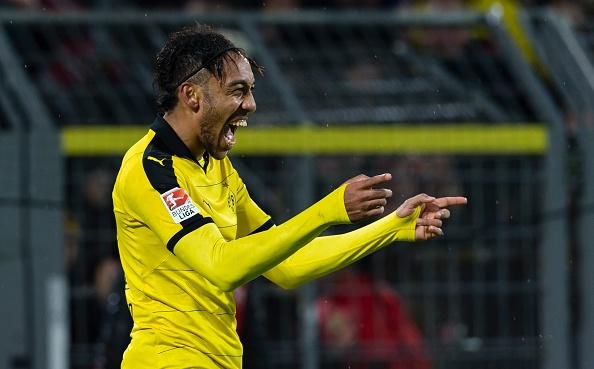 Tong hop tran dau: Dortmund 2-0 Ingolstadt hinh anh
